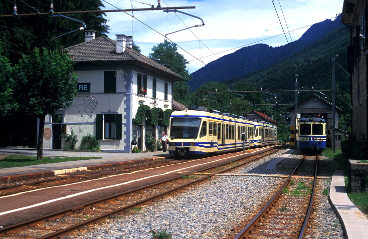 k-005 Bahnhof Re 25.07.2002 foto herbert rubarth