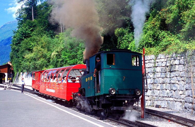 k-013 Brienzer Rothorn Bahn Talstation Brienz 18.08.2004 foto herbert rubarth